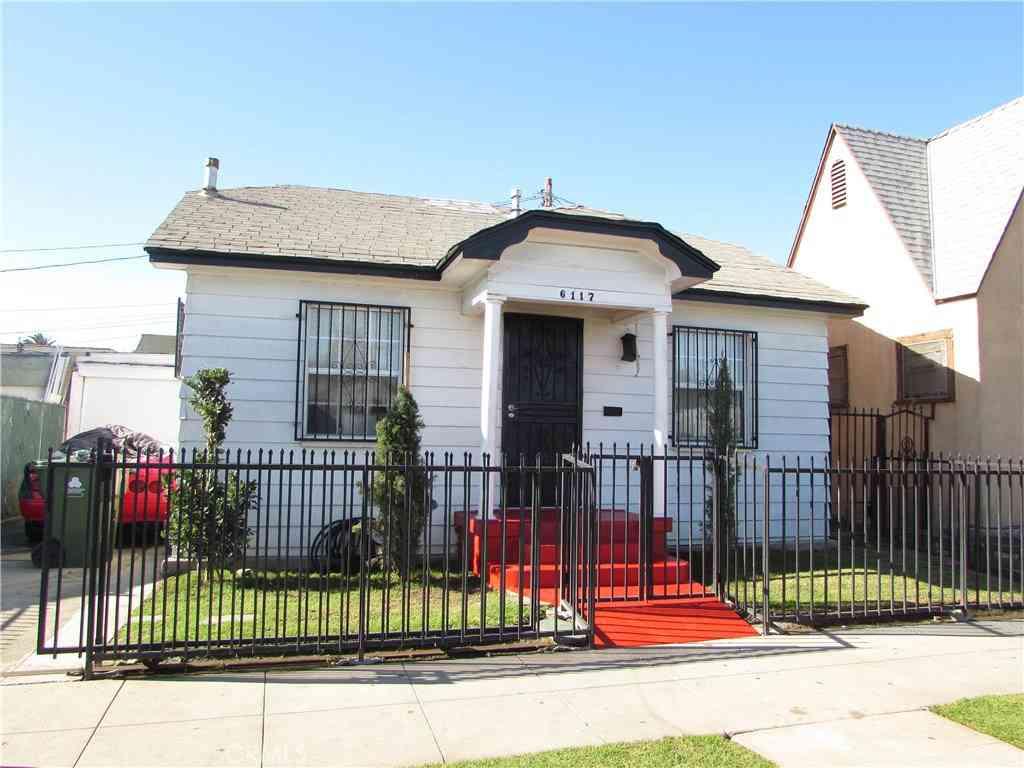 6117 S BUDLONG Avenue, Los Angeles, CA, 90044,