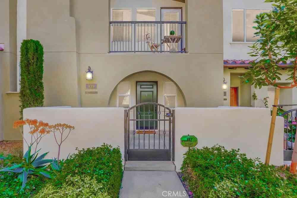 939 E Weaver Lane, Anaheim, CA, 92802,