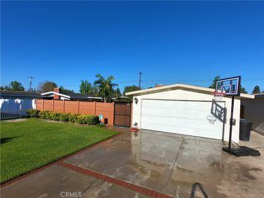 1015 N Barston Avenue, Covina, CA, 91724,
