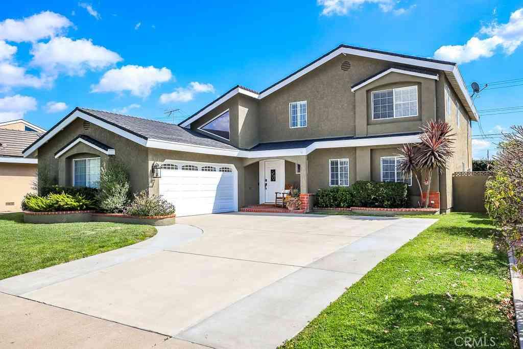 12102 Pine Street, Los Alamitos, CA, 90720,