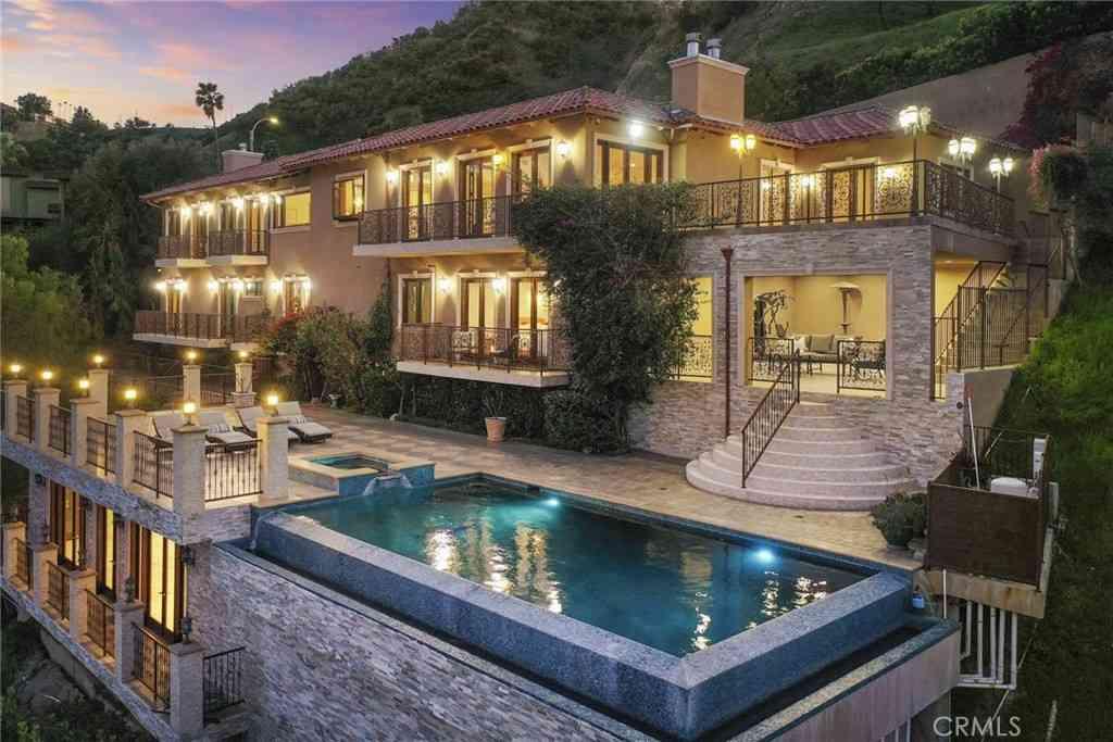 3400 Longridge Terrace, Sherman Oaks, CA, 91423,