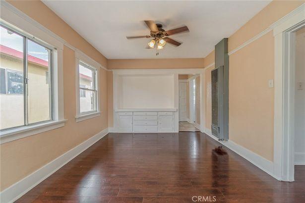 1384 W 38th Street