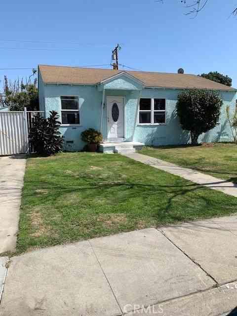 2658 Hayes Avenue, Long Beach, CA, 90810,