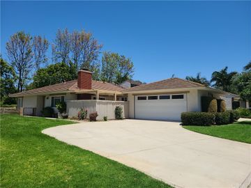 8 Featherwood, Irvine, CA, 92612,