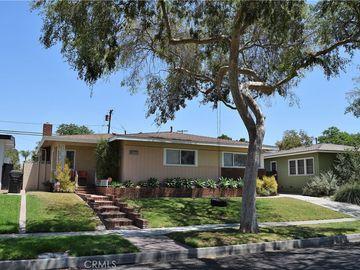 2410 Vuelta Grande Avenue, Long Beach, CA, 90815,