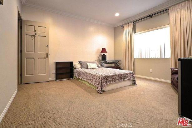 2025 S Beverly Glen Blvd S #1 D