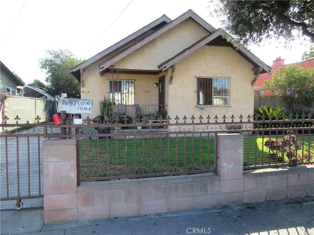 7604 Miramonte Boulevard, Los Angeles, CA, 90001,