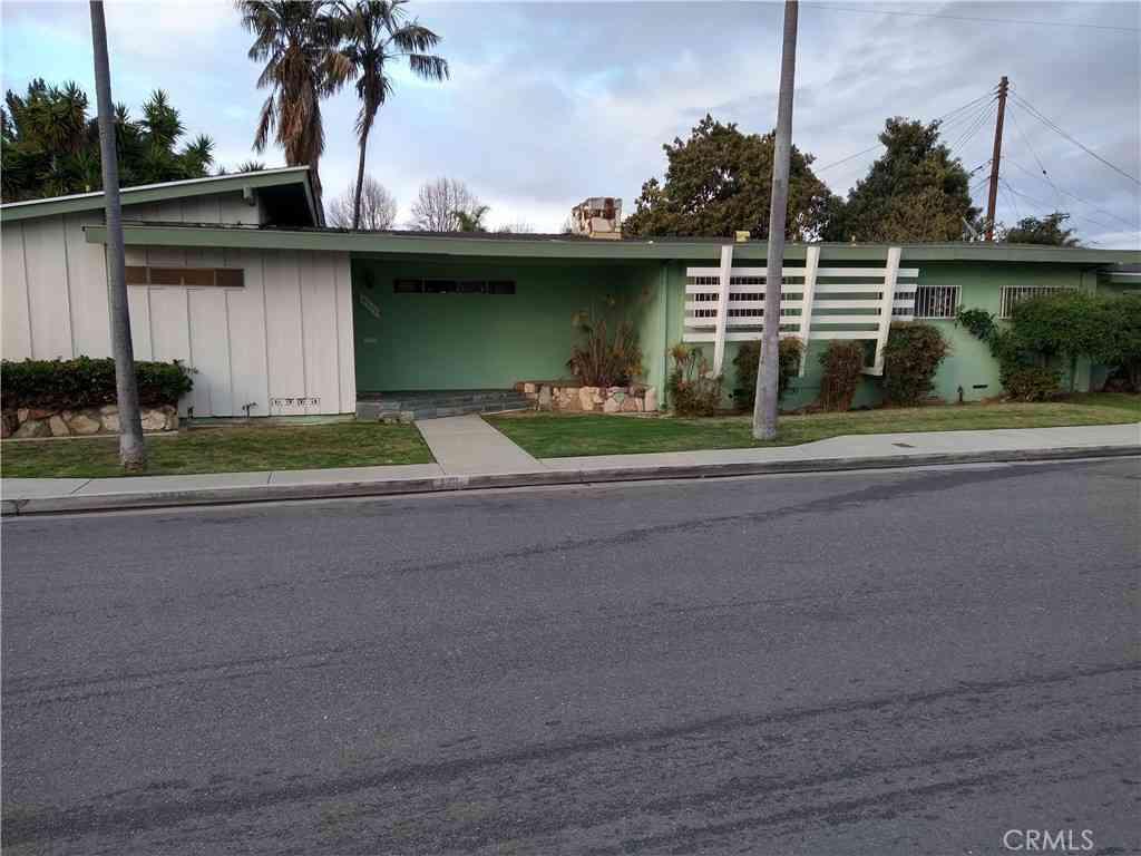4301 Walnut Avenue, Lynwood, CA, 90262,
