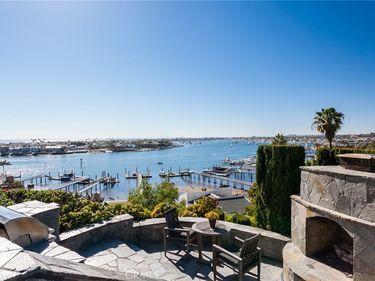 307 Carnation Avenue, Corona Del Mar, CA, 92625,