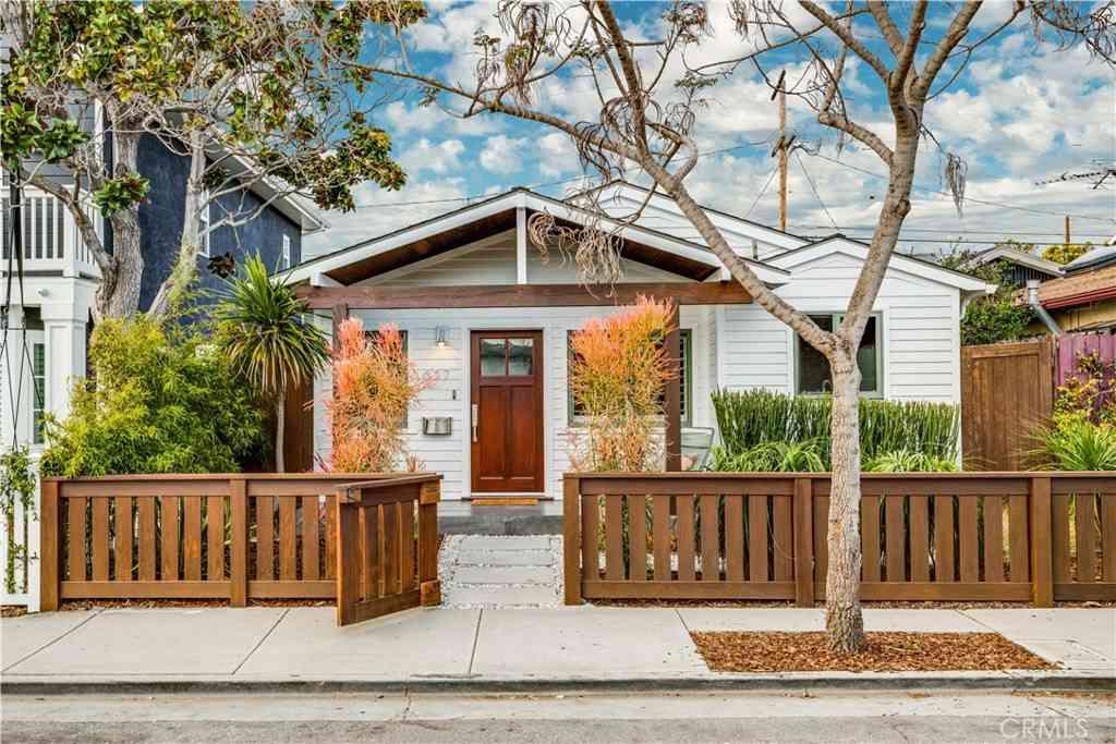 657 Ozone Street, Santa Monica, CA, 90405,