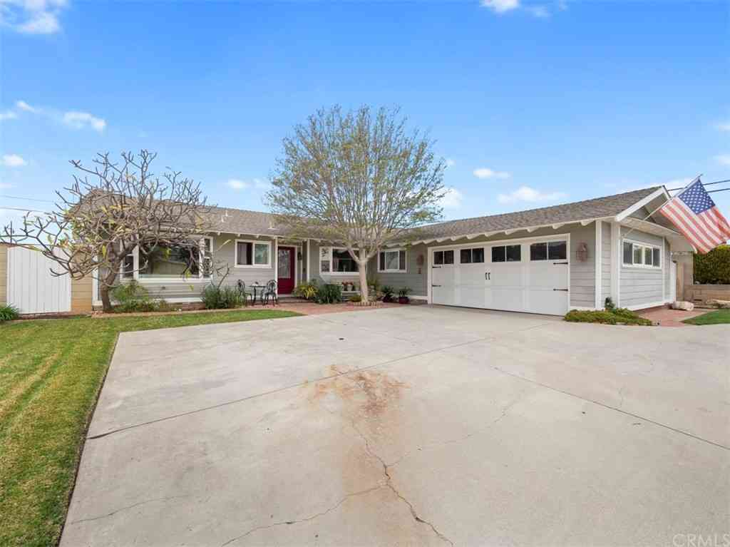 5411 Lockhaven Drive, Buena Park, CA, 90621,