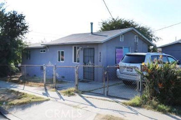 4306 E 5th Street