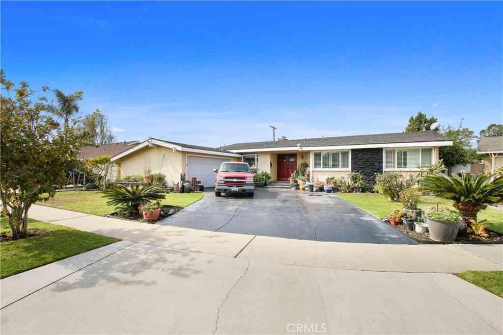 1309 S Falcon Street, Anaheim, CA, 92804,
