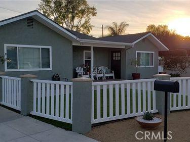 837 Pine Place, Costa Mesa, CA, 92627,