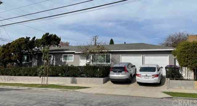 2701 E 17th, Long Beach, CA, 90804,