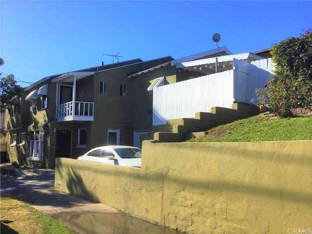 4302 Russell Avenue, Los Angeles, CA, 90027,