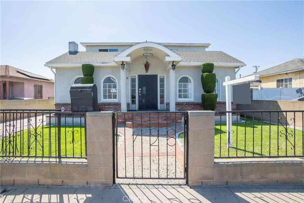 728 W Poplar Street, Compton, CA, 90220,