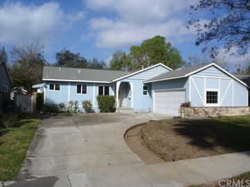 809 Grovemont Street, Orange, CA, 92706,