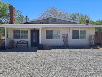 11849 Oakwood Avenue, Hesperia, CA, 92345,