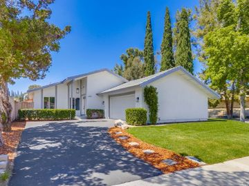 24891 Wells Fargo Drive, Laguna Hills, CA, 92653,