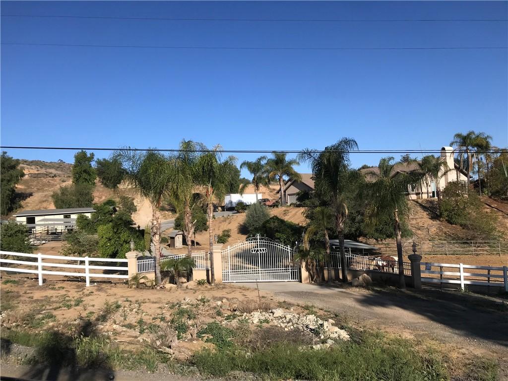 17333 Via Frontera, Riverside, CA, 92504,