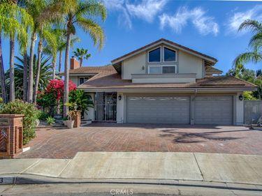 433 S Oakgrove Cir. Circle #8, Anaheim Hills, CA, 92807,