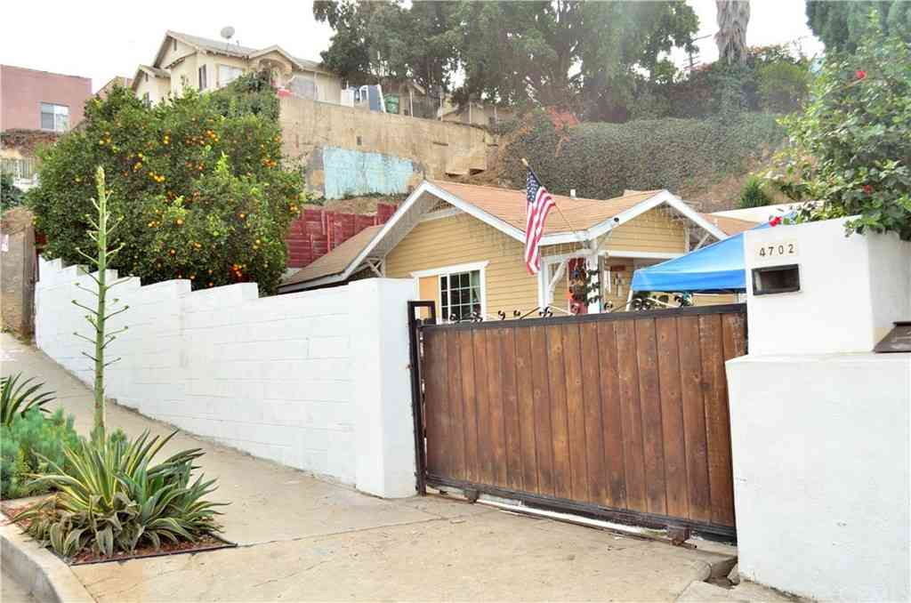4702 St Charles Place, Los Angeles, CA, 90019,