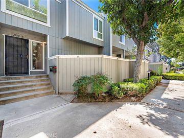 2910 S Greenville Street #D, Santa Ana, CA, 92704,
