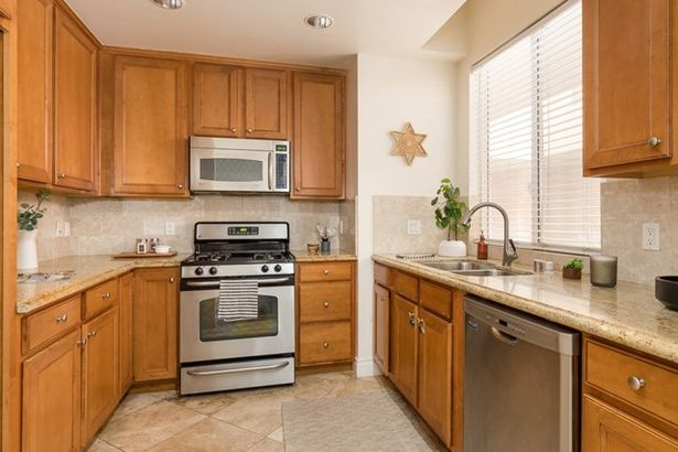 1444 S Point View Street #103