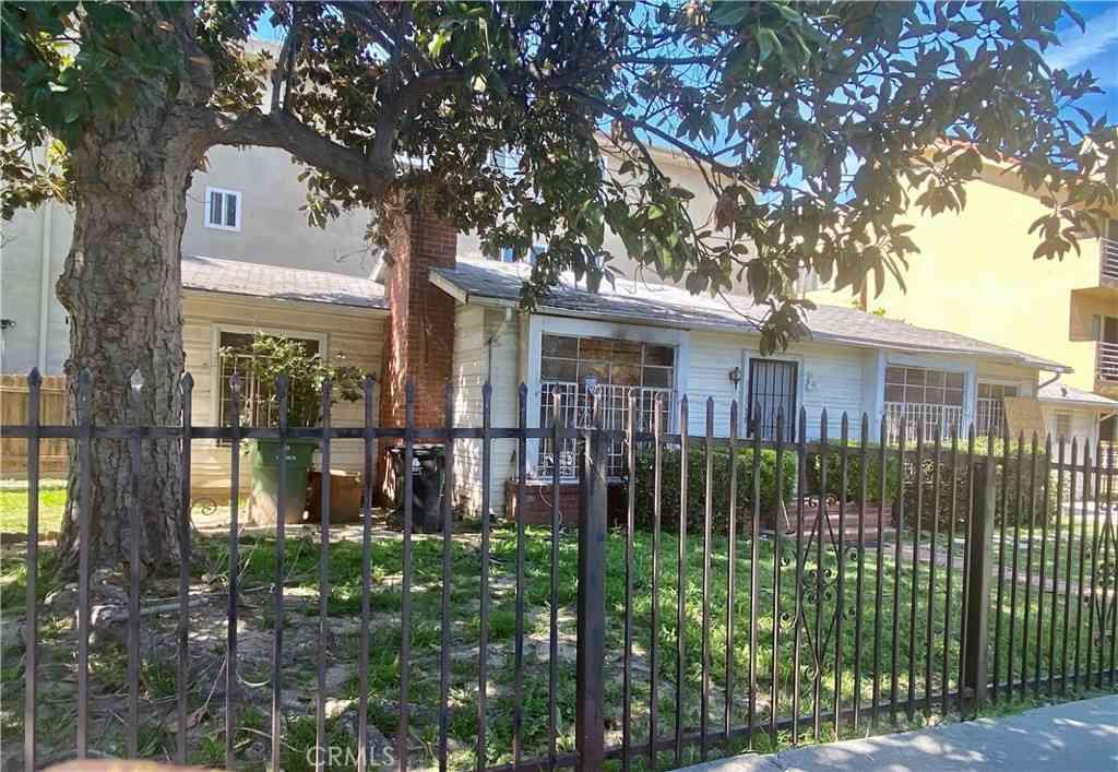 863 S Plymouth Boulevard, Los Angeles, CA, 90005,