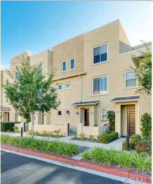 12825 City Drive #105, Hawthorne, CA, 90250,