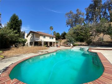 Swimming Pool, 840 Calaveras Drive, Walnut, CA, 91789,