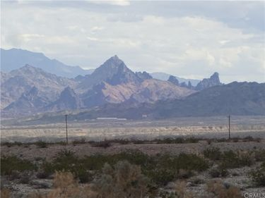 1 South Highway 95, Needles, CA, 92363,