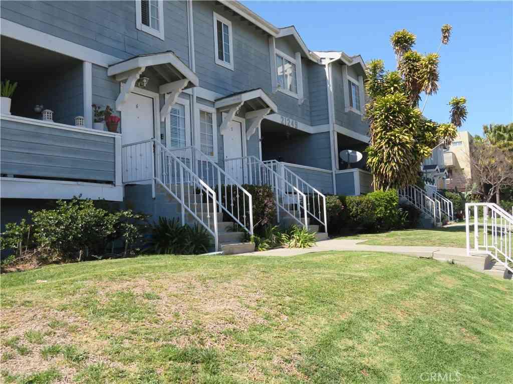 21249 Figueroa Street #15, Carson, CA, 90745,