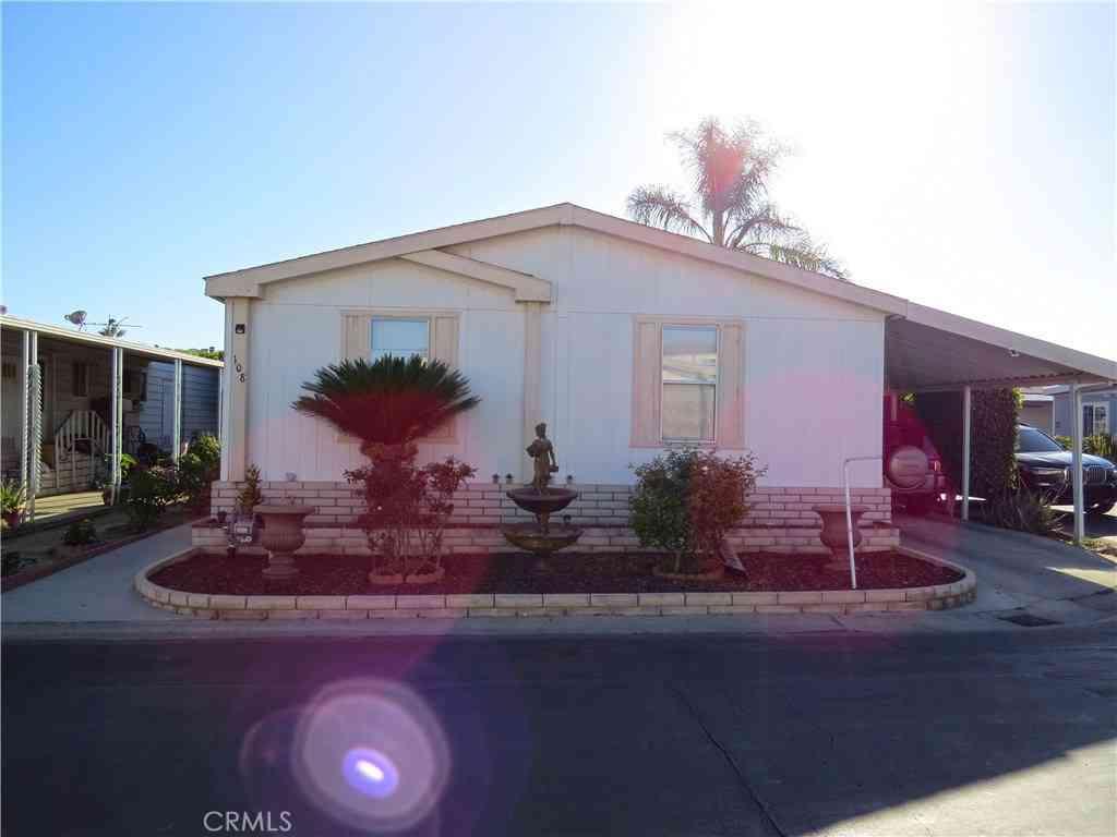 2300 S Lewis Street #108, Anaheim, CA, 92802,