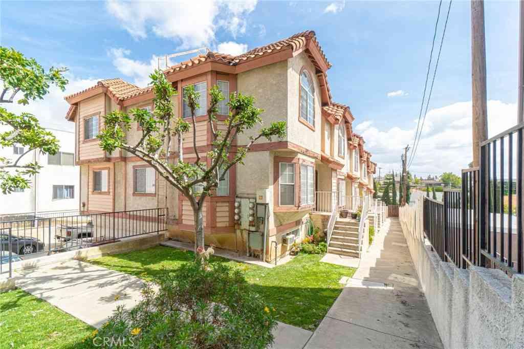 632 N Wilcox Avenue #6, Montebello, CA, 90640,