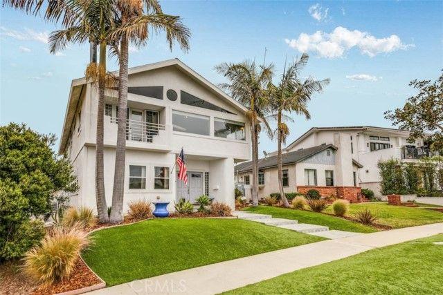 408 N Lucia Avenue Redondo Beach, CA, 90277