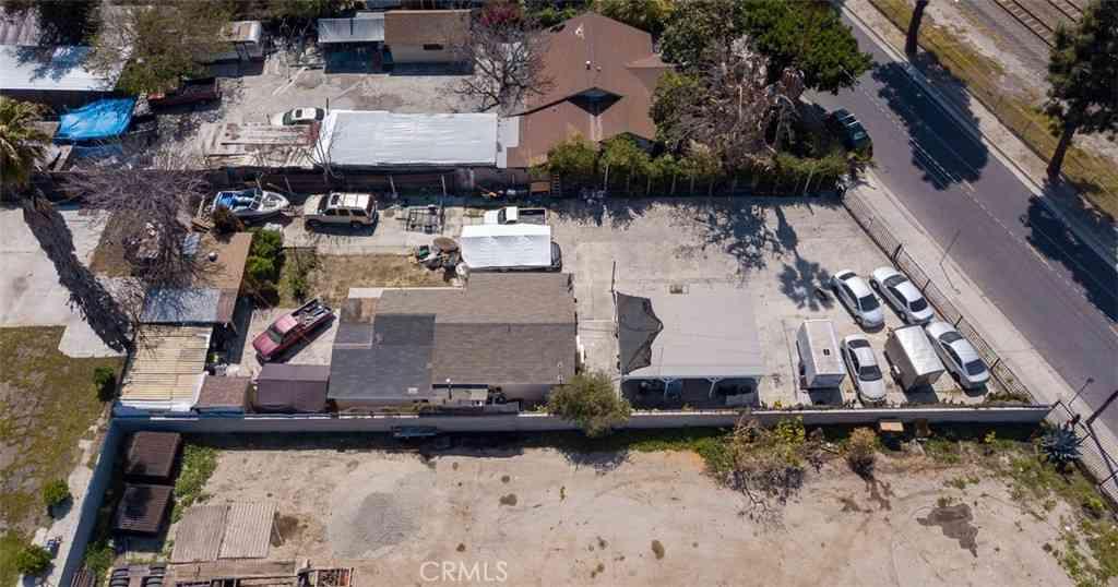 12828 S Willowbrook Avenue, Compton, CA, 90222,