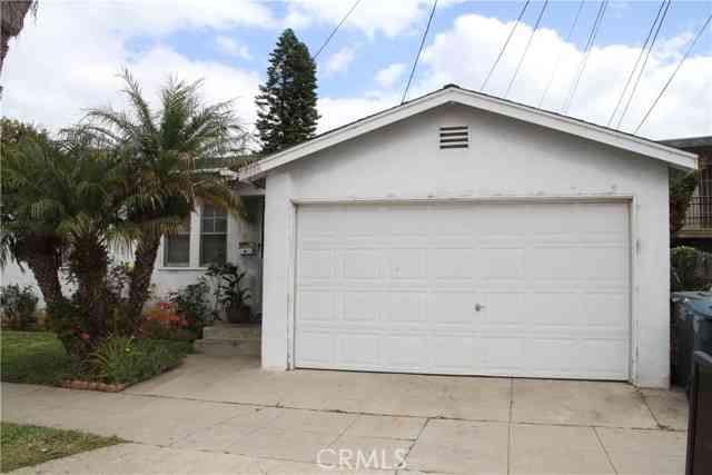16424 Brighton Avenue, Gardena, CA, 90247,