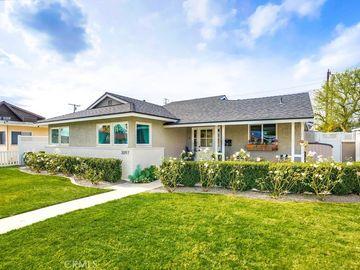 3097 Hackett Avenue, Long Beach, CA, 90808,