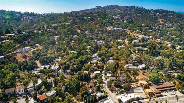3835 Broadlawn Drive, Los Angeles, CA, 90068,