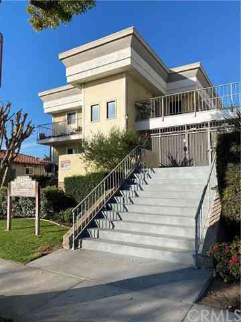 3425 East 15th Street #16D, Long Beach, CA, 90804,