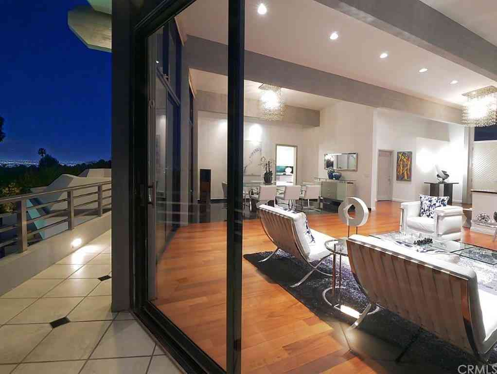 2215 Via Cerritos, Palos Verdes Estates, CA, 90274,
