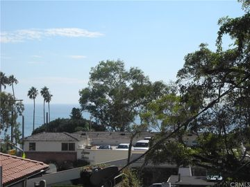 411 Cypress Drive #6, Laguna Beach, CA, 92651,