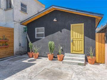 8725 S San Pedro Street, Los Angeles, CA, 90003,