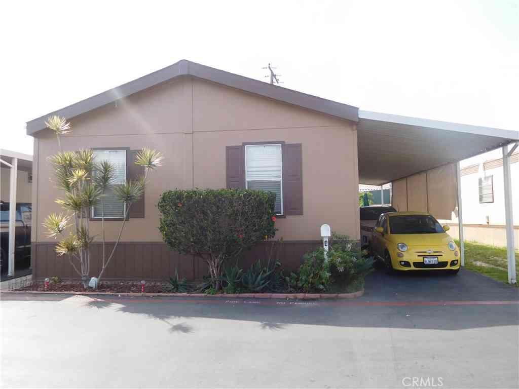 1241 N East Street #4, Anaheim, CA, 92805,