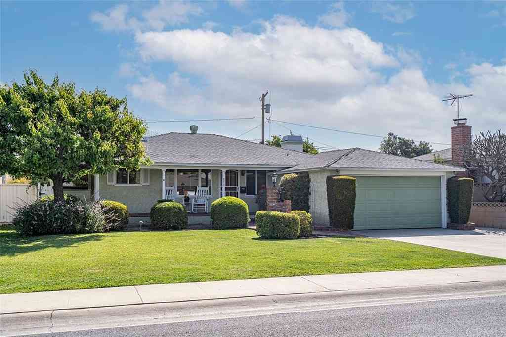 4212 Ocana Avenue, Lakewood, CA, 90713,