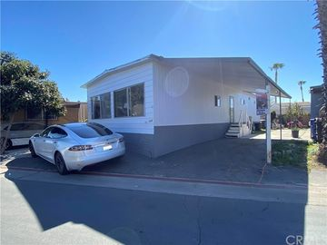 6475 Atlantic Ave. Space 112, Long Beach, CA, 90805,