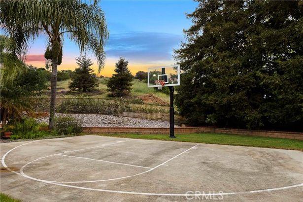 1080 Shasta Court