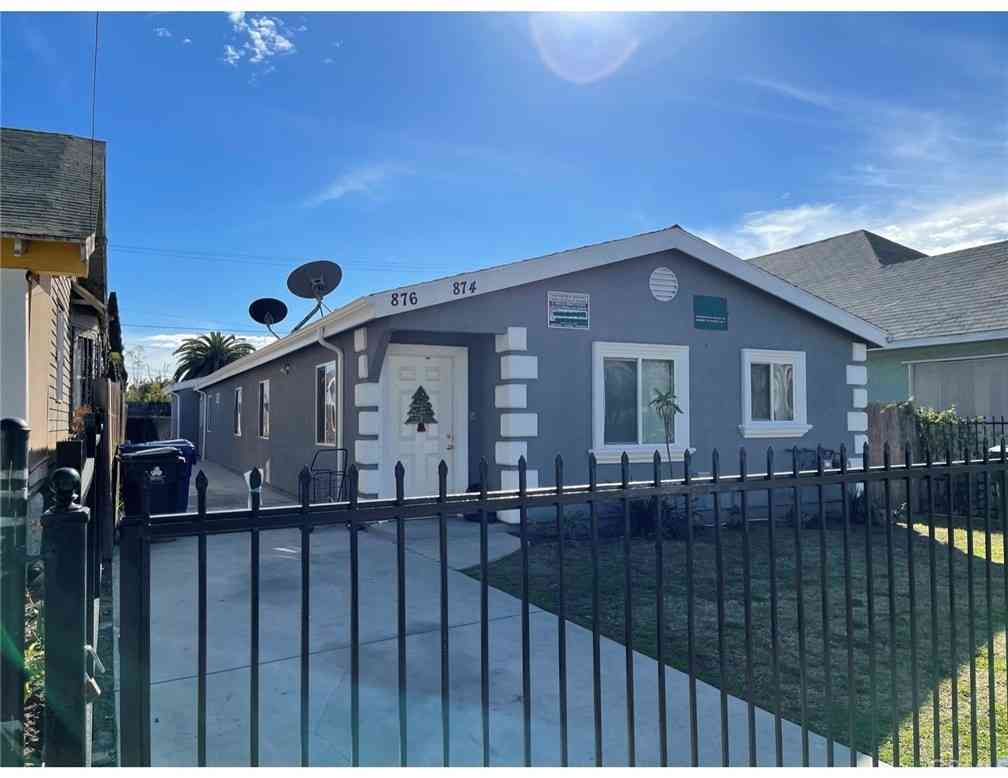 874 E 42nd Place, Los Angeles, CA, 90011,
